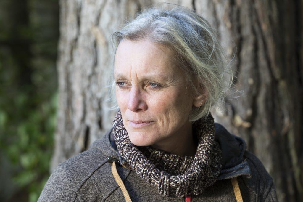 Autorenfoto-Katrin-Hecker